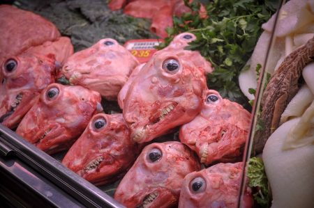 Delikatessen? Fleischhändler auf dem Mercat de la Boqueria, Barcelona (März 2015)